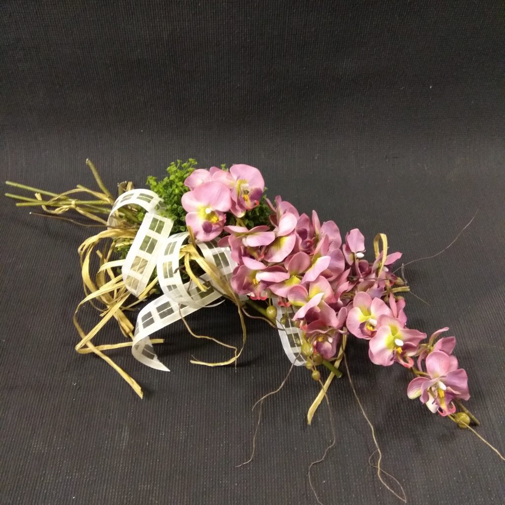 kwiaciarnia kompozycje na grób